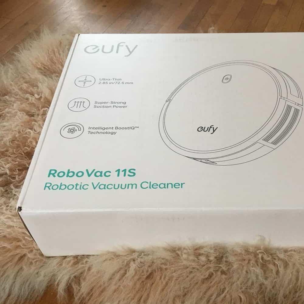 eufy 11s RoboVac Saugroboter Verpackung
