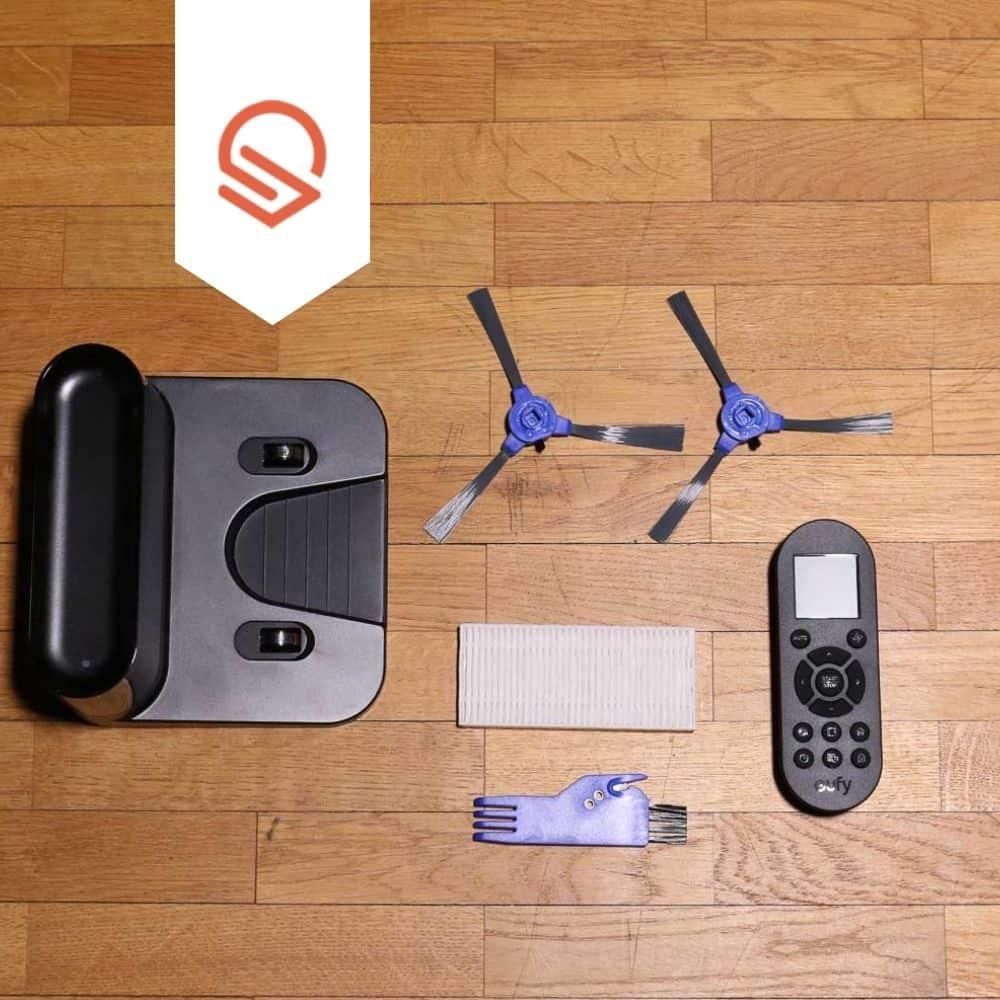 eufy 11s RoboVac Saugroboter Zubehoer ausgepackt